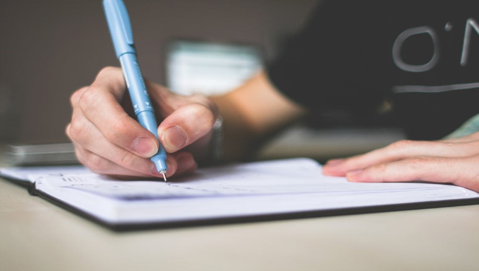 What To Do When Anxiety Gets Worse In The Evening Write Down Your Worries
