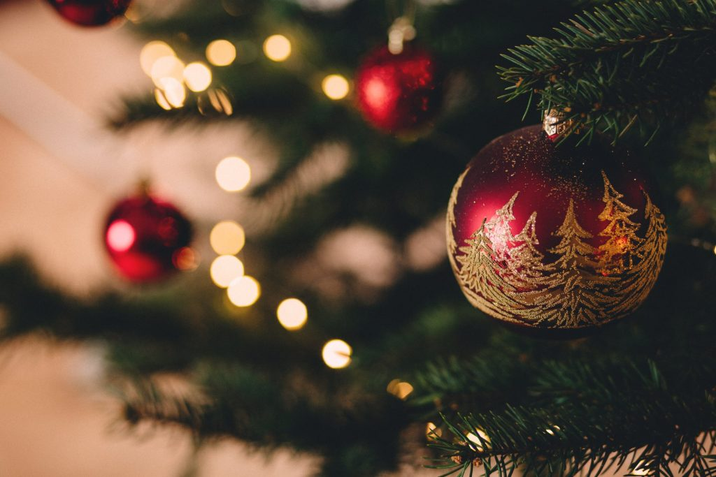 How to Manage Stress and Anxiety During the Christmas Period Intro