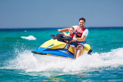 happy dad with is kid - resilient to stress